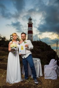 Croatia couple posing in front of famous Mauritius lighthouse