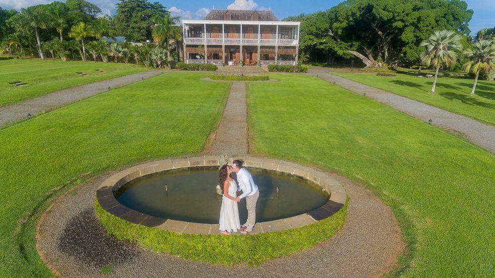 Mauritius drone focusing on Chateau de Labourdonais and couple kissing